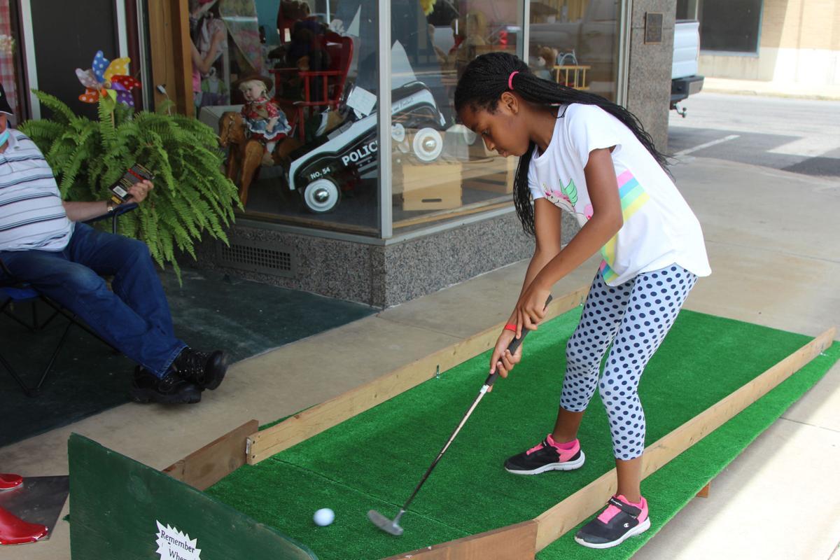 Downtown Mini-Golf 1