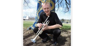 Choir director teaches music through self-directed learning