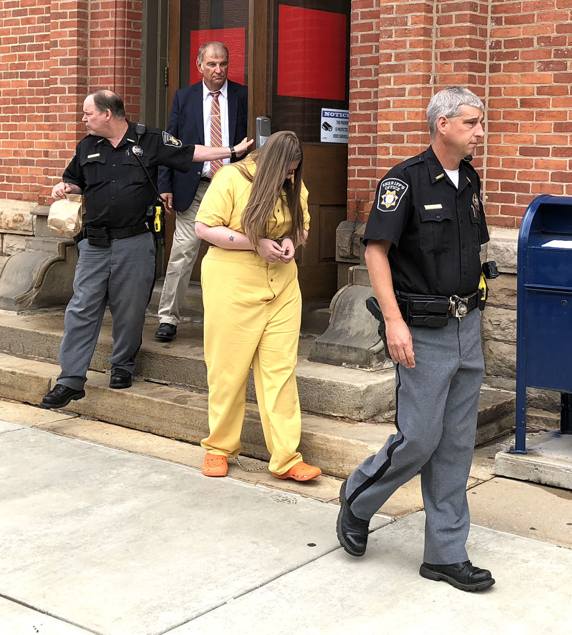 Holtmeyer exits courthouse