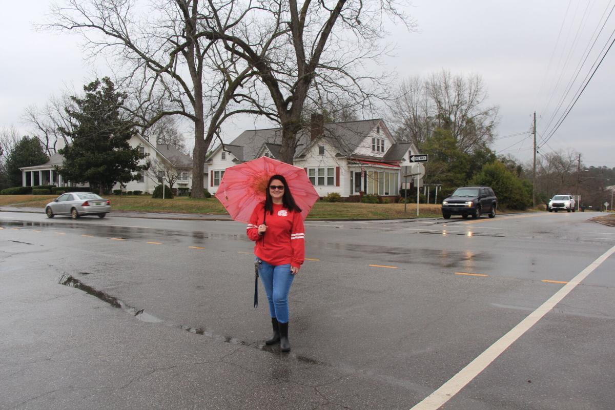Resident starts Petition for traffic light