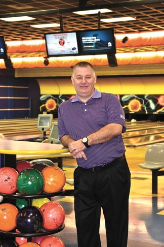 Bowling manager honored.jpg