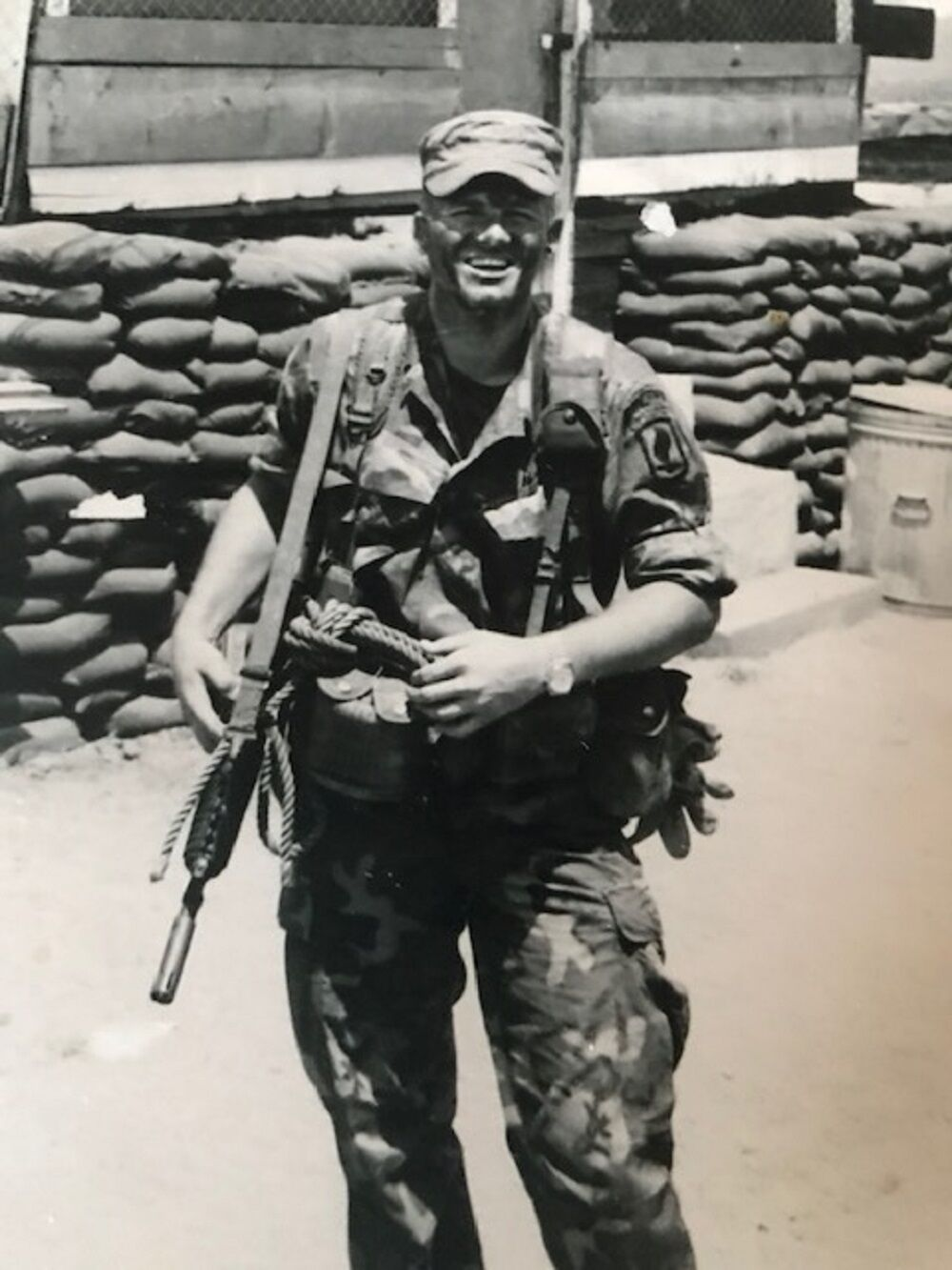 Vietnam vet John Reitzell 2 in Nam.jpg