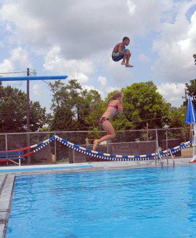 Goss Road swimming pool.jpg