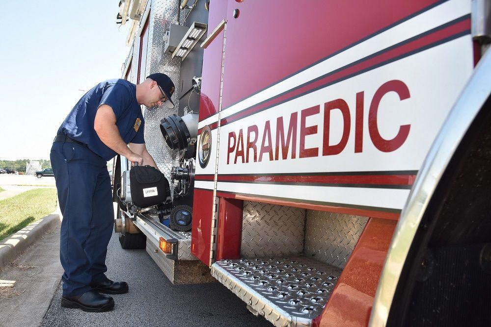 Fire alarmers 1 paramedic truck.jpg