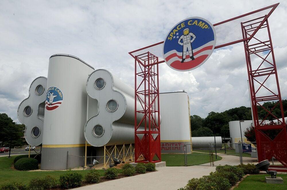 Space Camp 2 building entrance.jpg