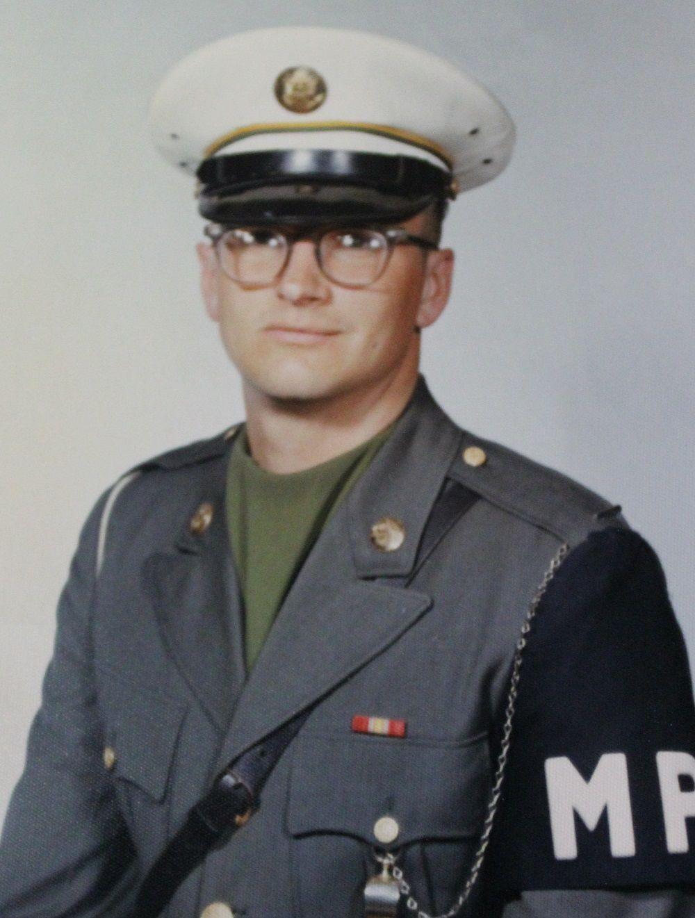 Vietnam era vet Clif Voshen 2 Soldier.jpg