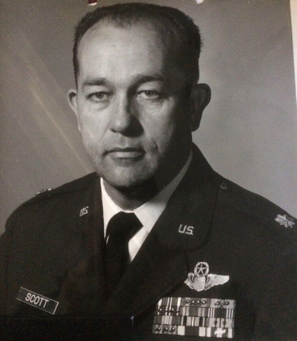 Vietnam veteran Scott 2 uniform.jpg