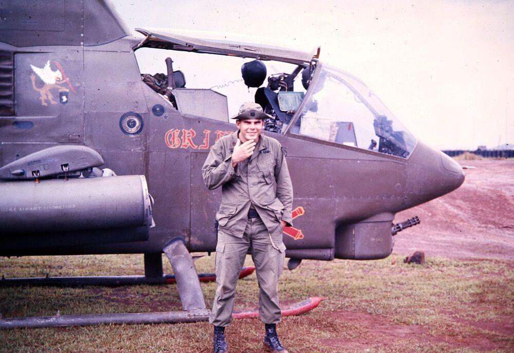 Vietnam veteran Dan Petrosky 2 helicopter.JPG