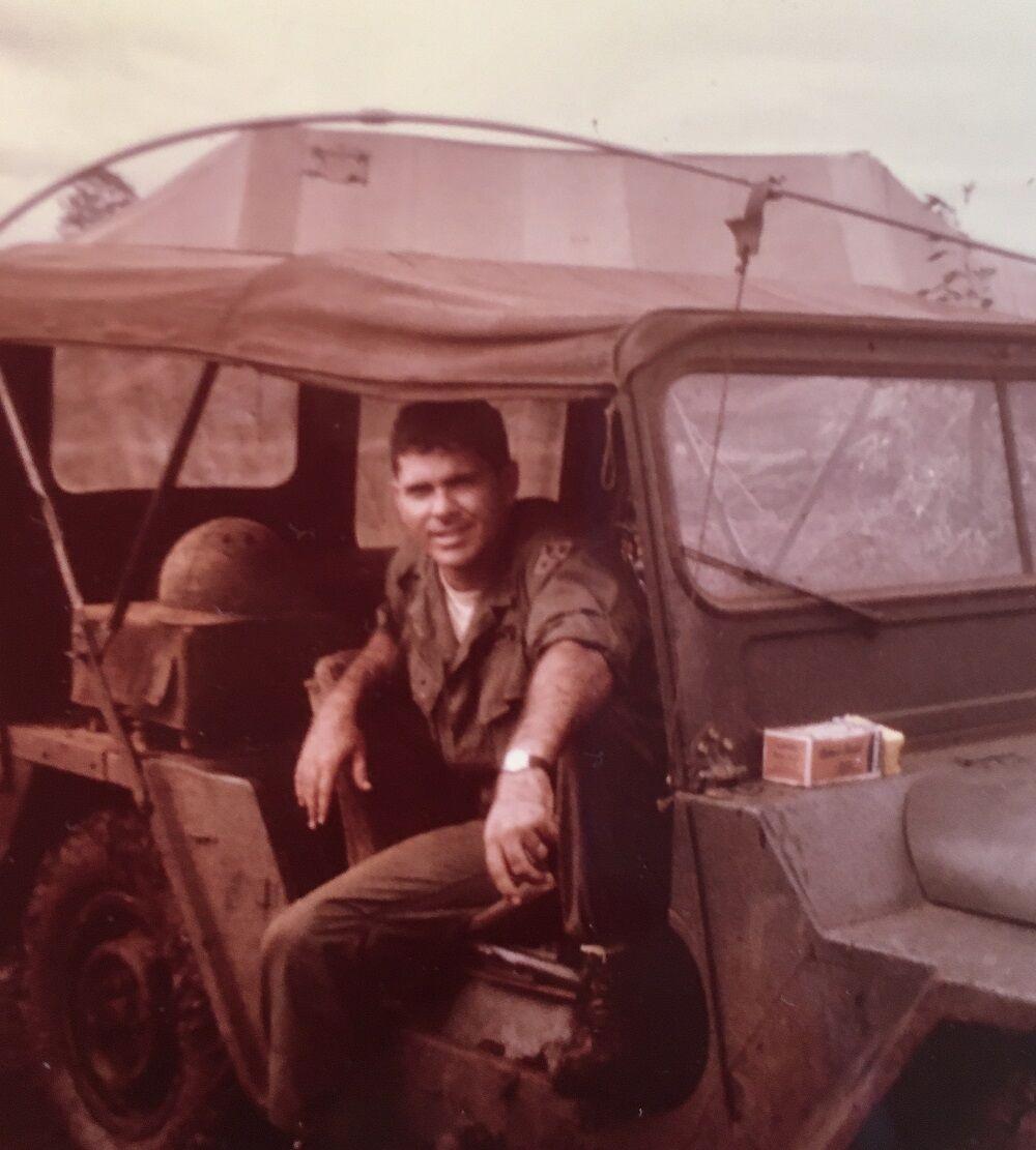 Vietnam veteran Homer Hickam 2 Soldier.jpg
