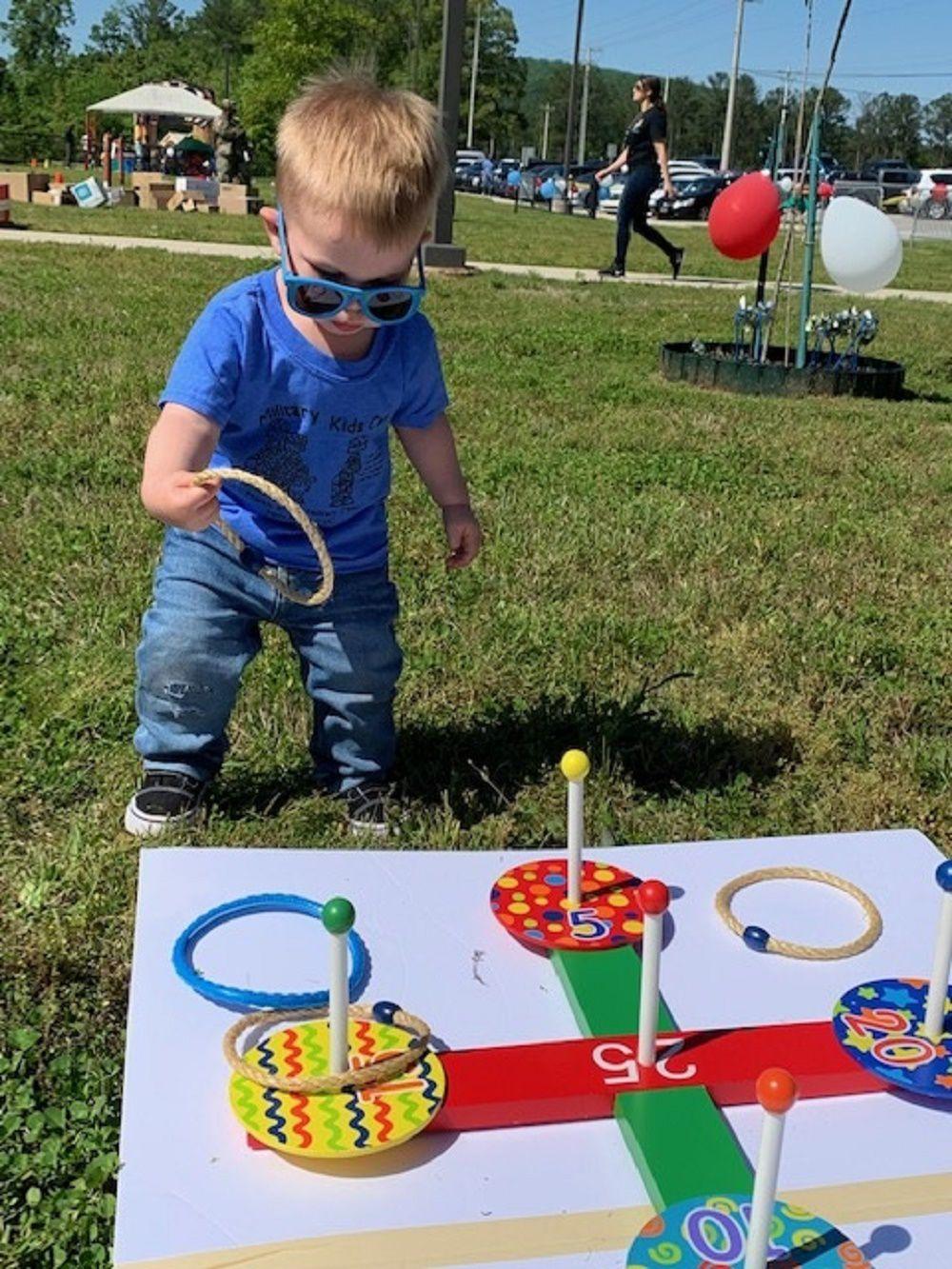 Childrens carnival 1 ring toss.jpg