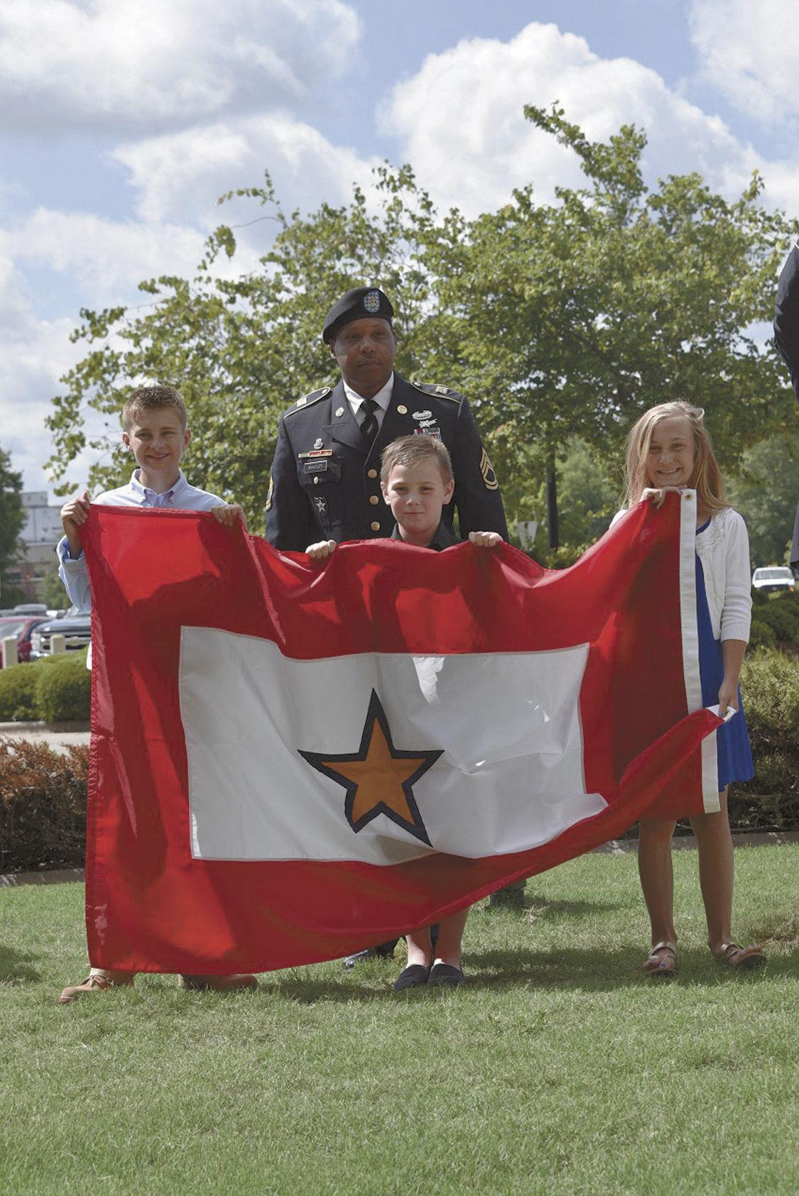 Gold Star flag 1 children.jpg