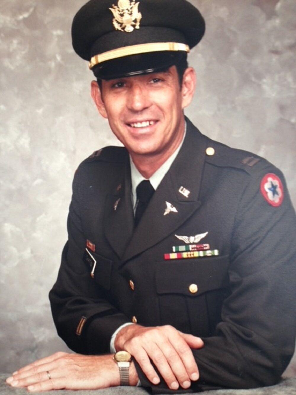 Vietnam vet Bill Chaffin 2 in uniform.JPG