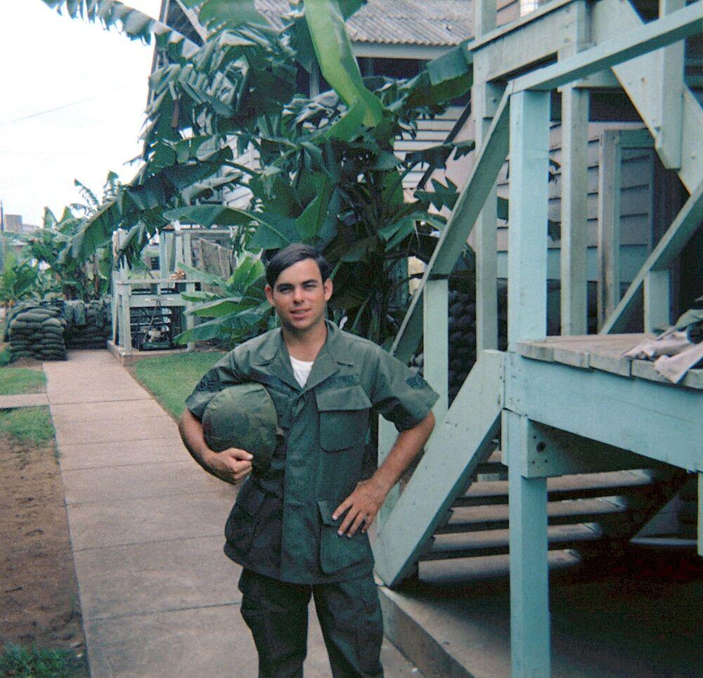 Vietnam vet Roger Frazier 2 airman in Nam.jpg