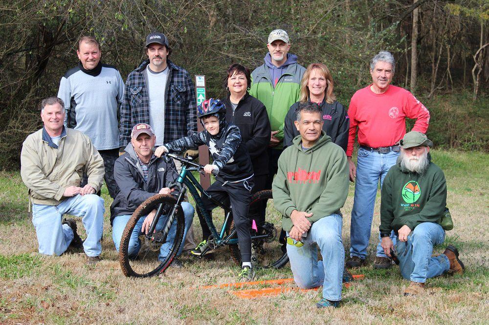 Mountain bike 1 group.jpg