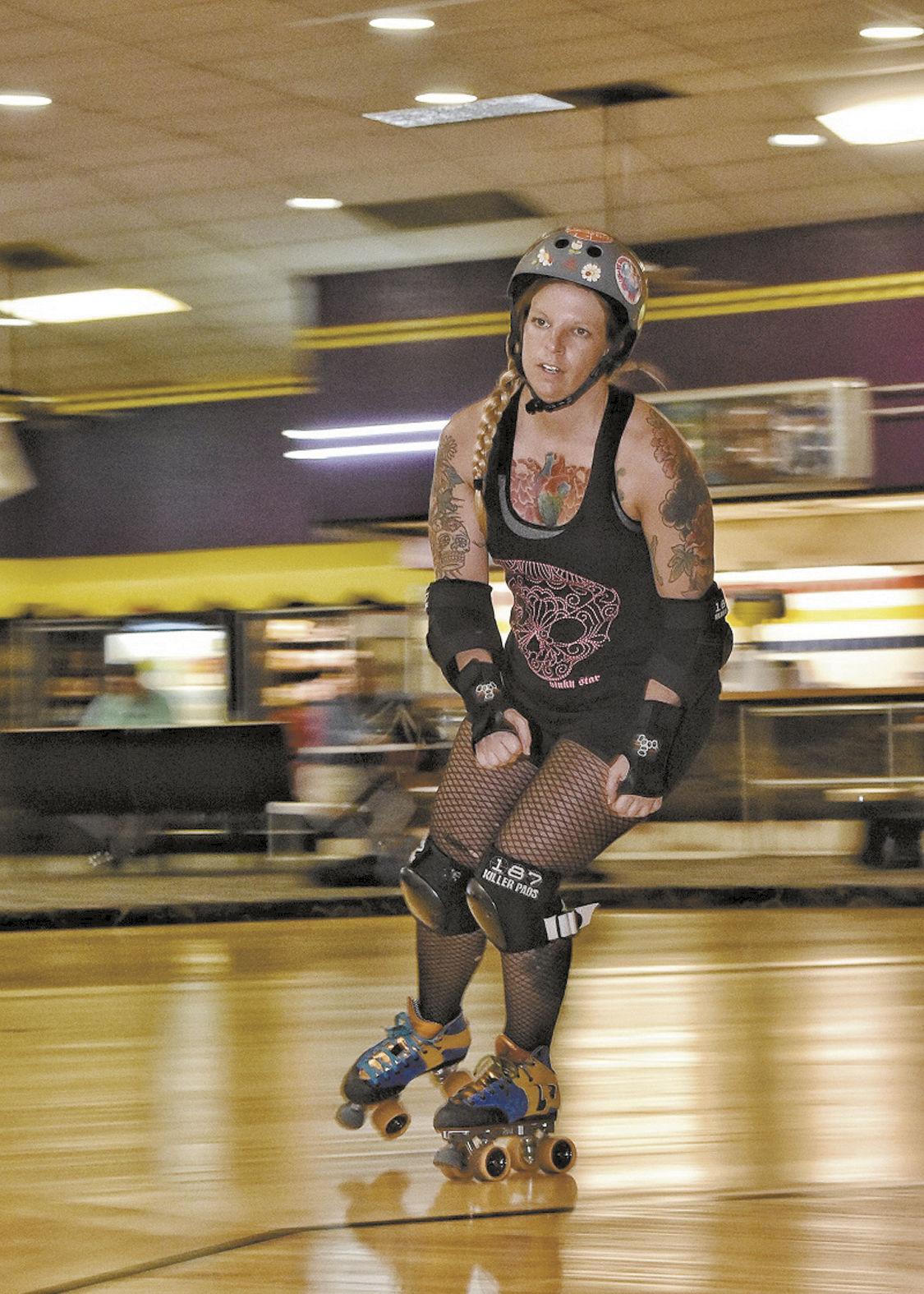 Roller skating rink huntsville al - Roller Derby Rider Jpg