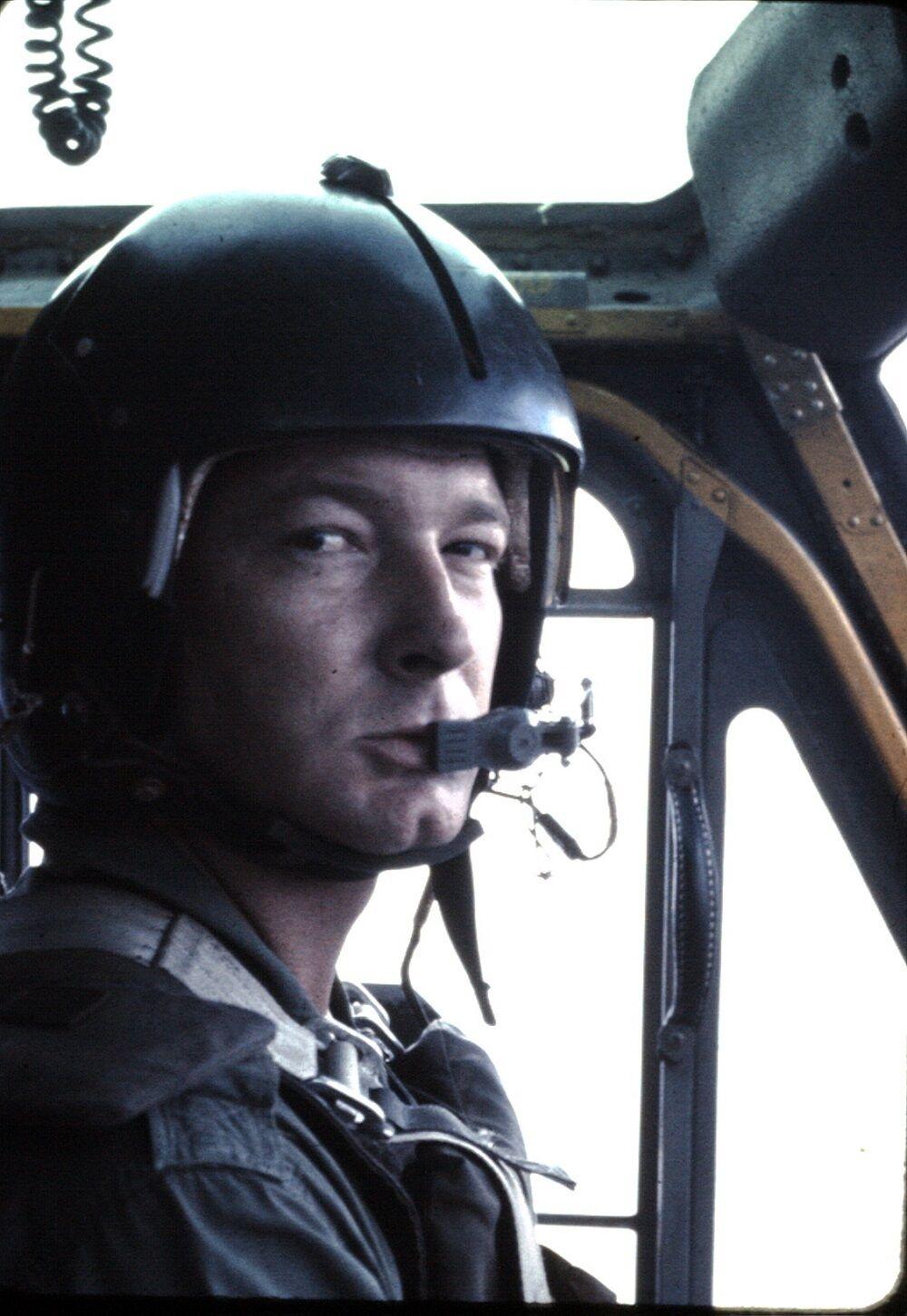 Viernam vet Ron Funderburk 1 pilot.jpg