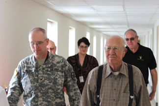 WWII hero visits.jpg