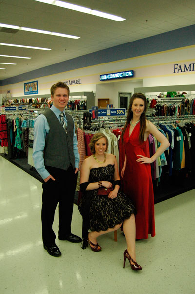 Battle Ground Goodwill offering low-cost prom attire | News ...