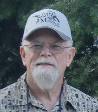 Robert Loomis Sr.