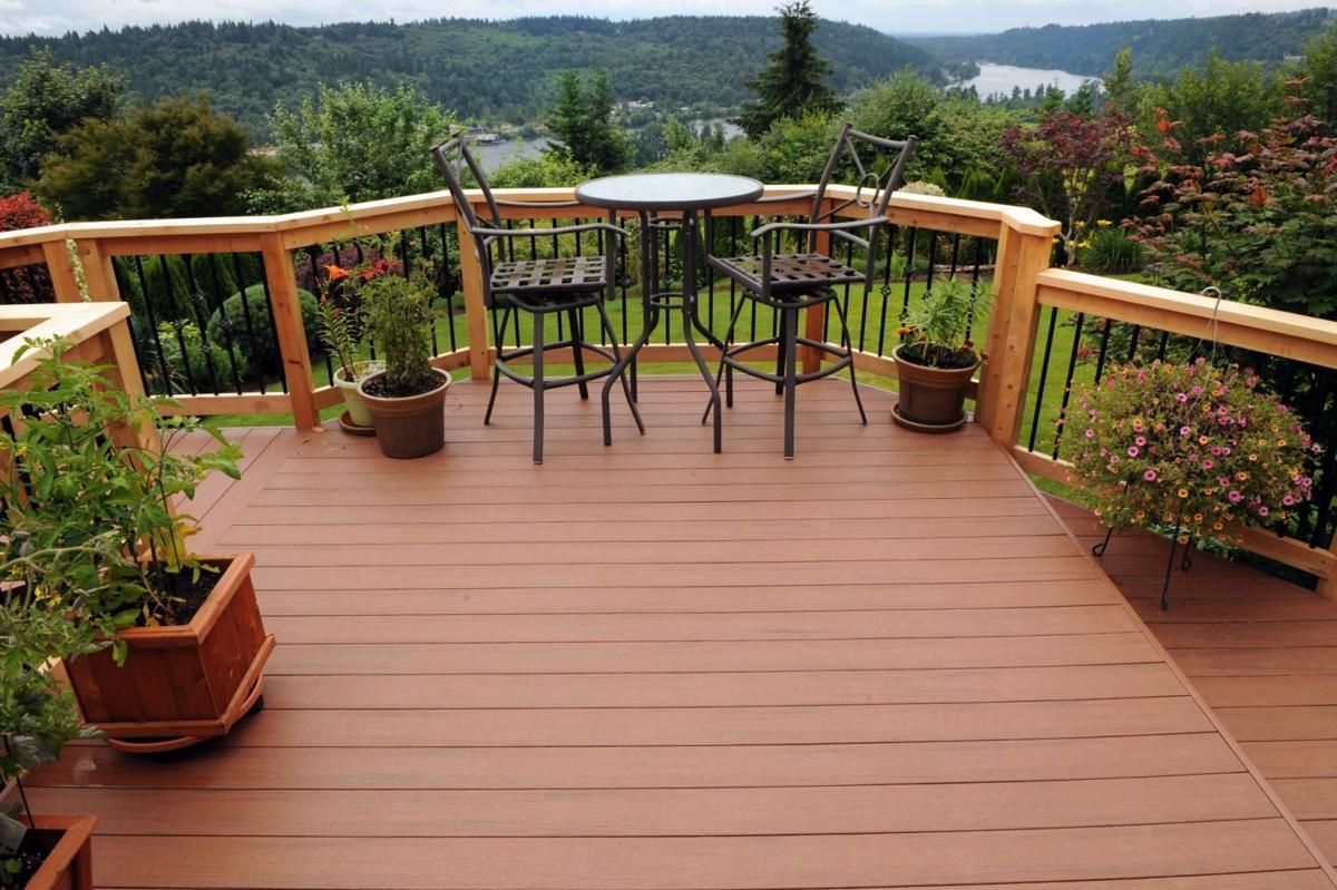 Decks and fences done right Garden Scene