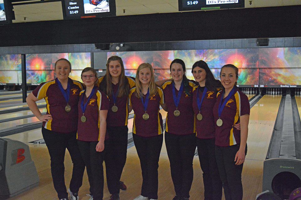 Prairie wins district bowling title