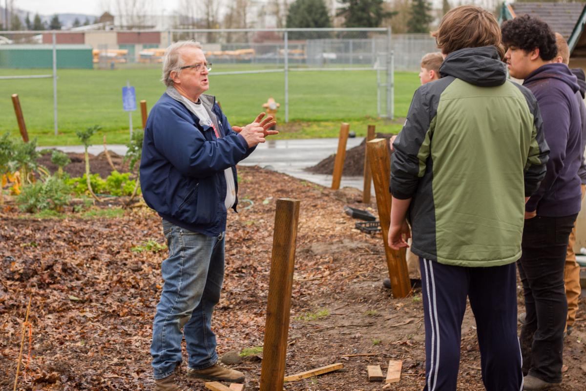 Woodland Middle School receives $5,000 grant for new horticulture ...