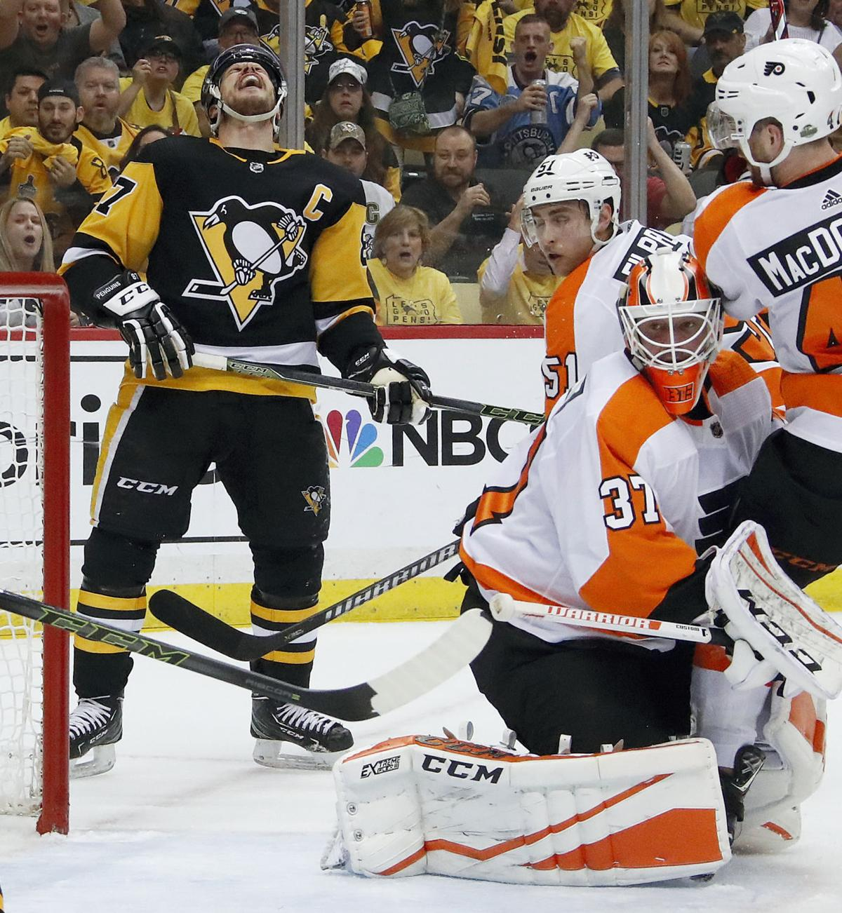 Parent: Elliott's sense of calm helps leave Penguins frustrated