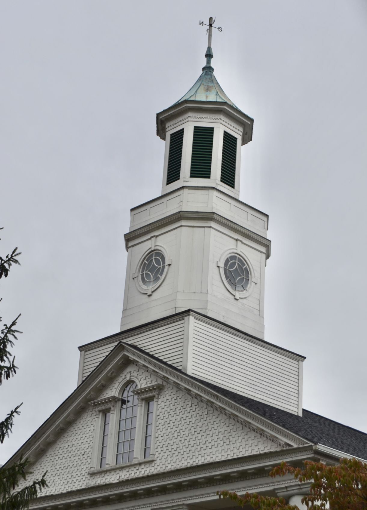 Window falls out of historic Courthouse steeple: Repairs estimated at $18k