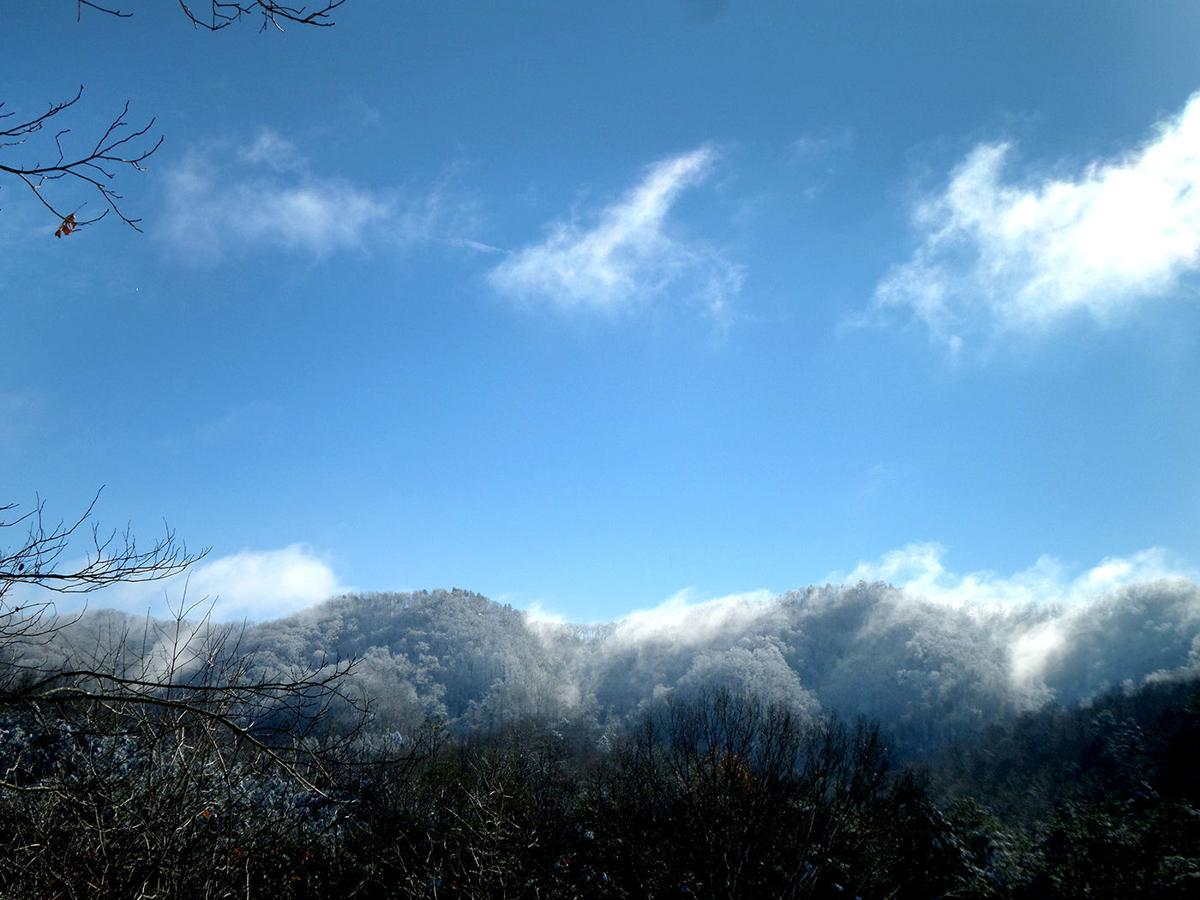 Clinch Mountain with a dusting of snow