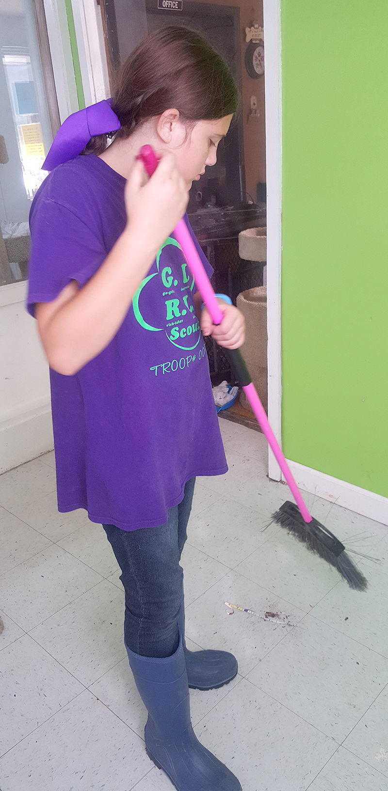 Arayah cleaning up at the Shelter