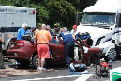 18-year-old dies in 11W crash Tuesday
