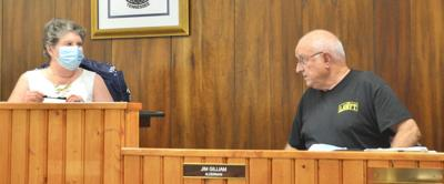 All Mount Carmel aldermen except one agree to new mask policy at meetings