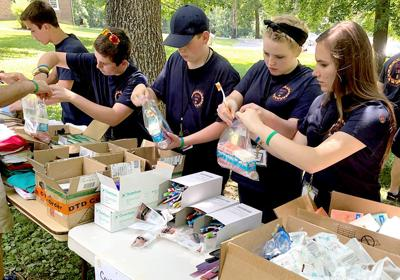 Teens serving others
