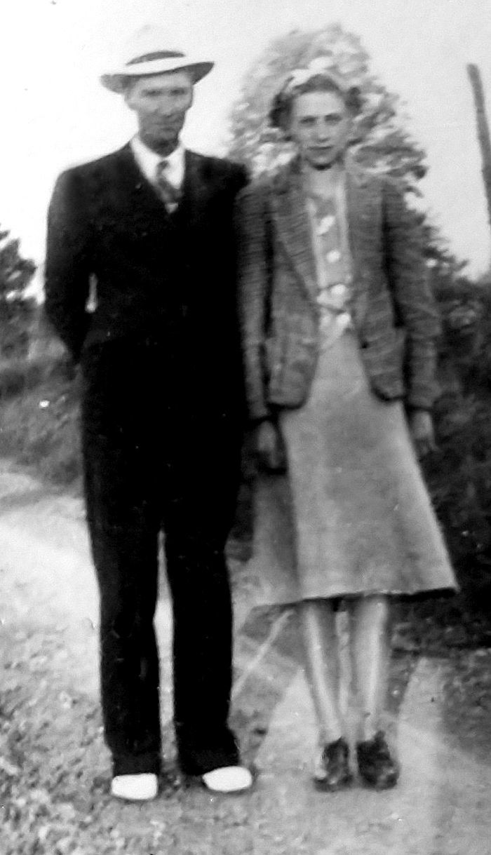 Mr. and Mrs. Alley in 1941