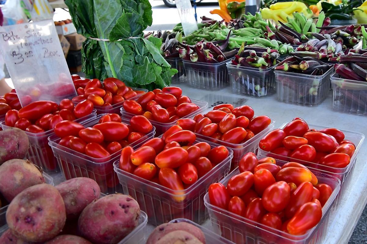 Carbondale Connections | Farmer's Market