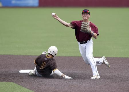 Indiana State knocks off SIU baseball 9-7 at MVC tournament - Please turn images on