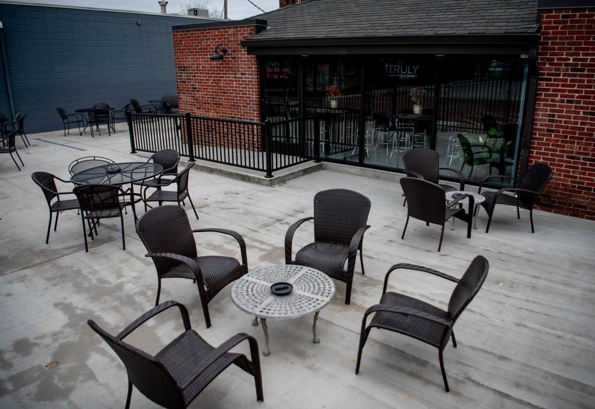 Carbondale bar community unsure of future amidst COVID-19 outbreak
