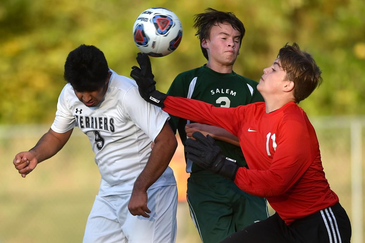 IHSA Class @A Boys Soccer Regional: Carbondale vs. Salem