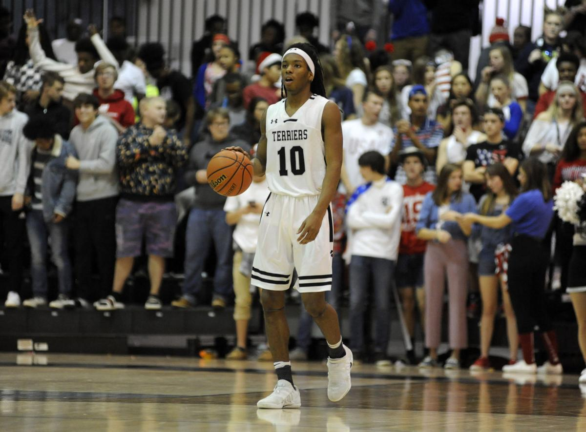 sports shoes d6eb9 96c27 Boys Basketball | Carbondale earns 43-39 South Seven win ...