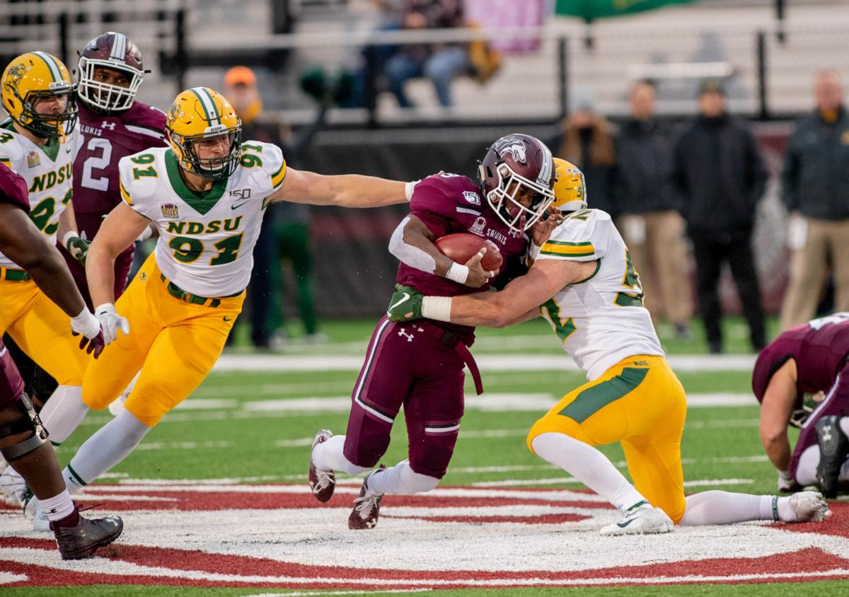 Top Ranked North Dakota State Sweeps Valley Football Awards Salukimania Thesouthern Com