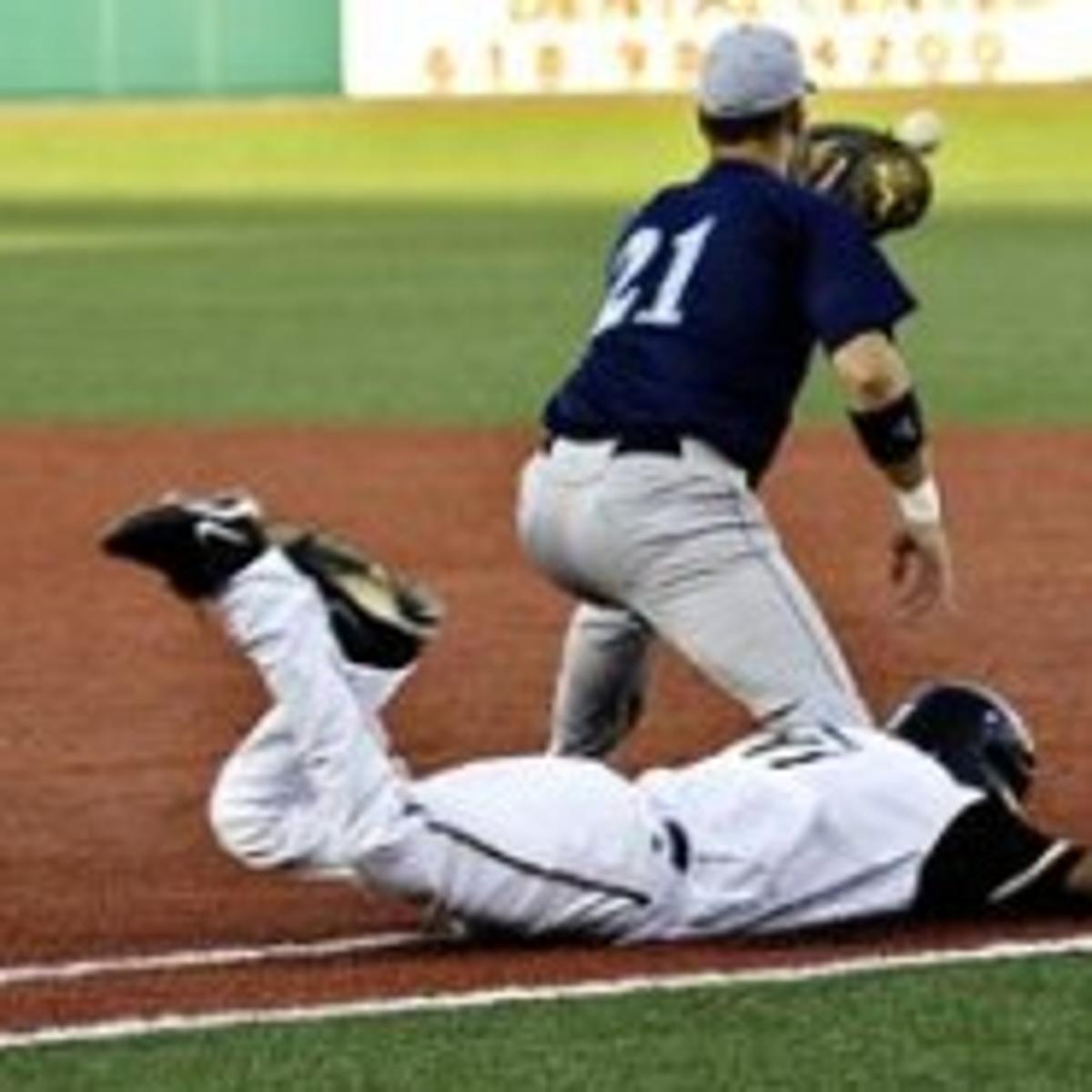 Big inning, big win Scarpetta helps lift Miners past