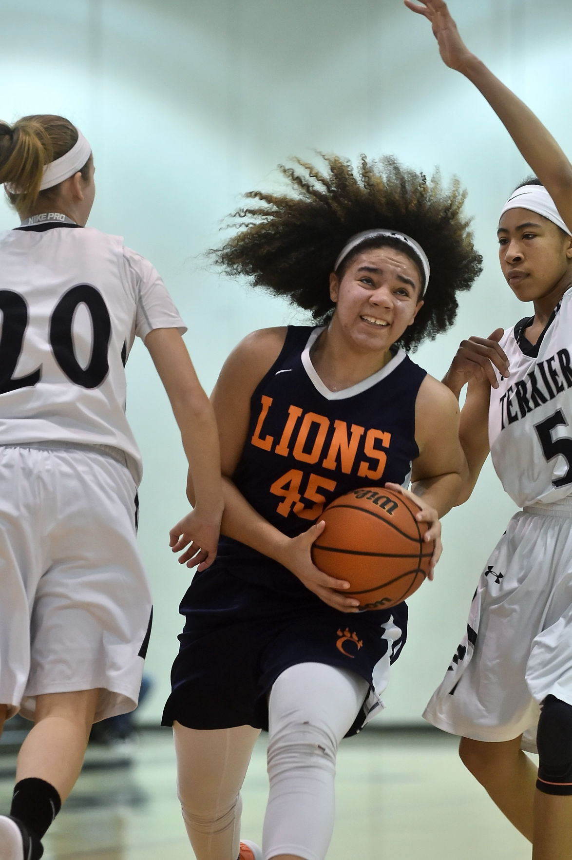 Girls Basketball | Carterville downs host Carbondale for Mid-Winter Classic title