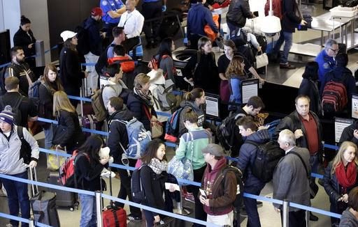 O'Hare workers delay strike until after Thanksgiving weekend