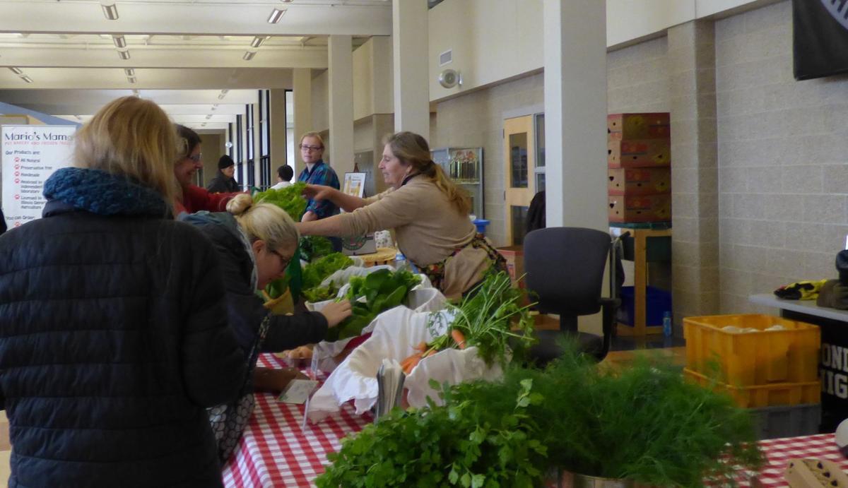 120918-nws-farmers-market-01.JPG