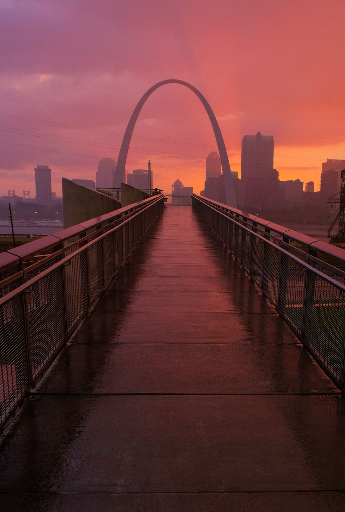 Sunset at the Arch 1