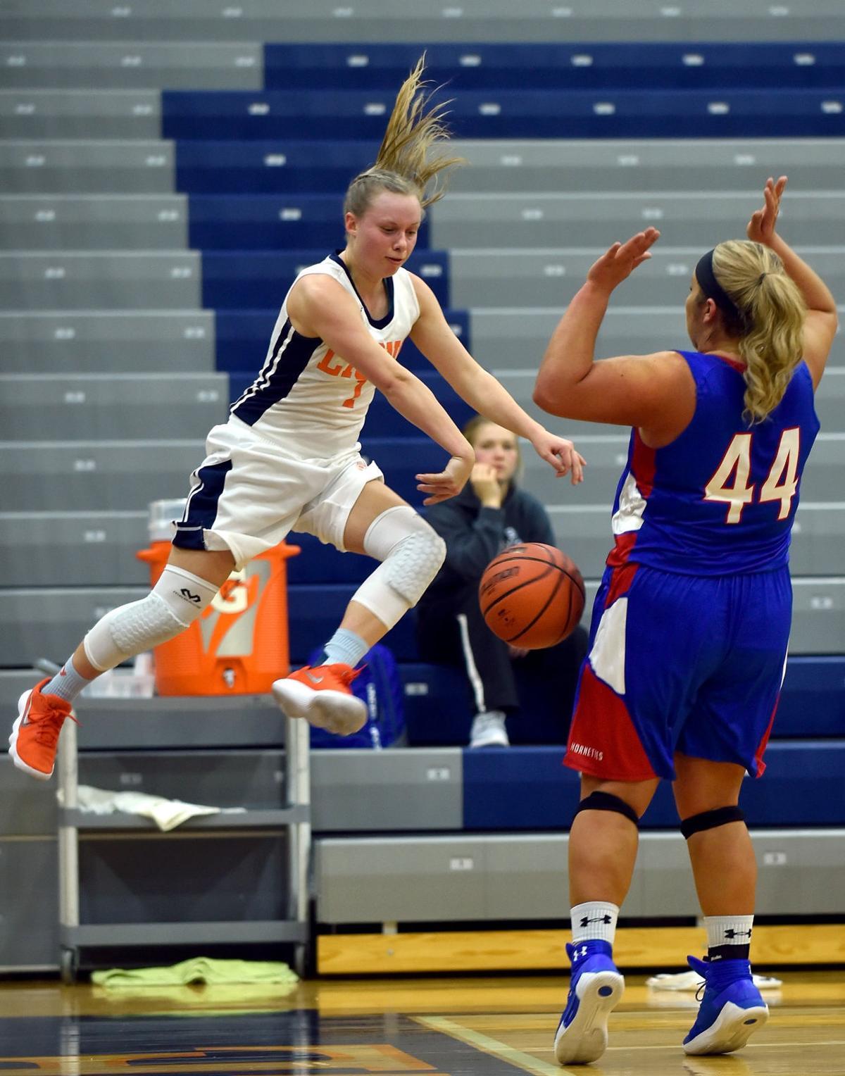 Girls Prep Basketball: Carterville hosts Nashville