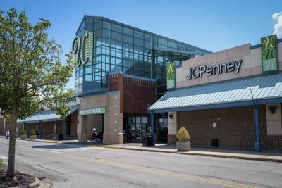 061920-nws-cdale-mall-1.jpg