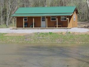 16x32-Lodge.jpg