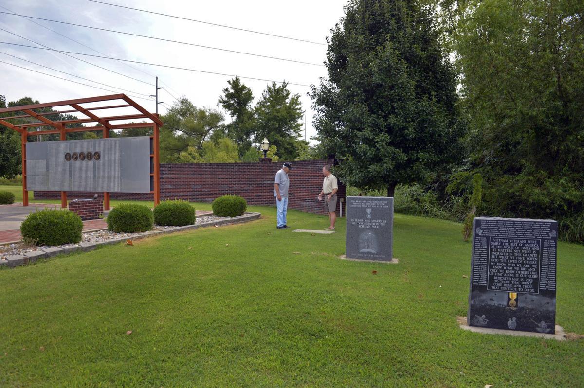 082717-nws-wwii-vets-memorial-1.jpg
