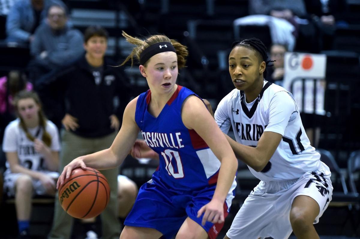 Prep girls basketball: Nashville defeats host Carbondale